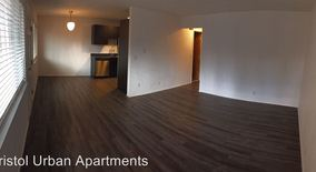Similar Apartment at 3021 Ne Glisan 104