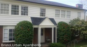 Similar Apartment at 7900 Sw Brentwood St 03