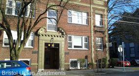 Similar Apartment at 904 Nw 21st,