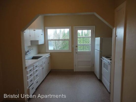 1 Bedroom 1 Bathroom Apartment for rent at 1931 Nw 29th in Portland, OR