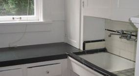 Similar Apartment at 2134 Nw Flanders,