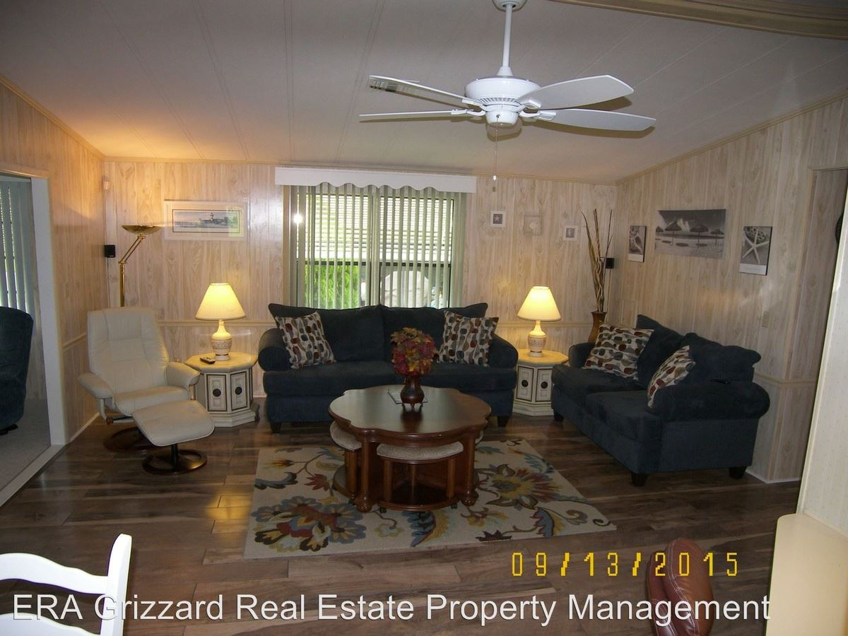 2 Bedrooms 2 Bathrooms Apartment for rent at 707 Roseapple Ave The Village Of Silver Lake in The Villages, FL