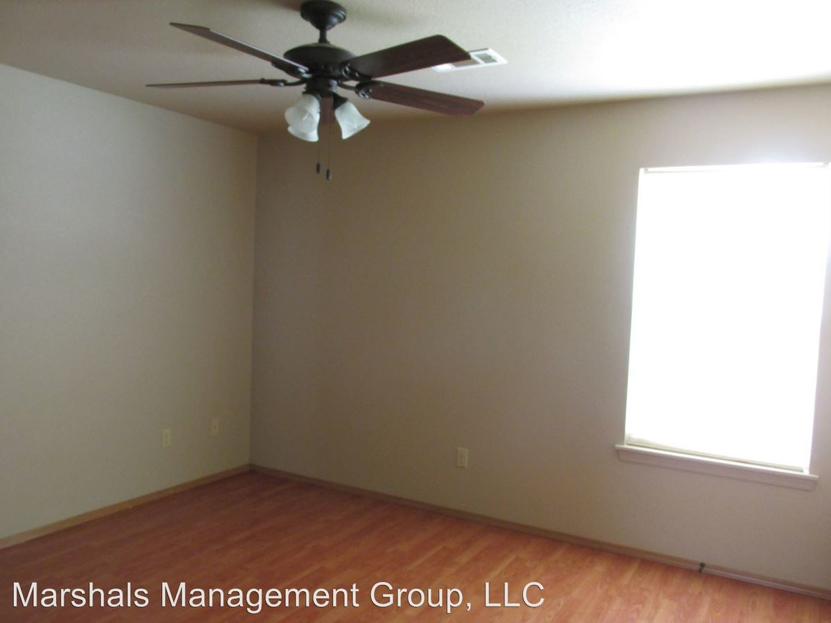 2 Bedrooms 1 Bathroom Apartment for rent at 3317 S. Tulsa 1-12 in Fort Smith, AR