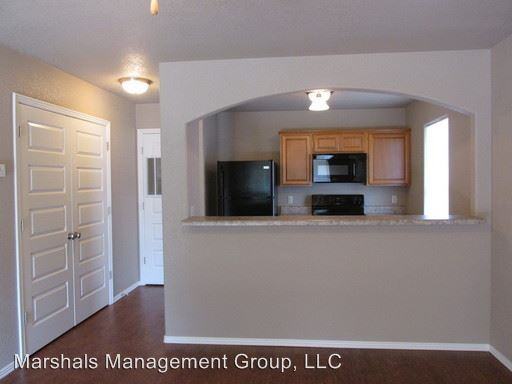 2 Bedrooms 1 Bathroom Apartment for rent at 3312-3326 N 27th in Fort Smith, AR
