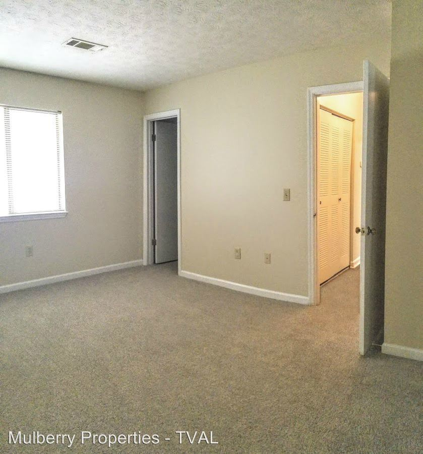 3 Bedrooms 2 Bathrooms Apartment for rent at 1309 Gatewood Drive in Auburn, AL