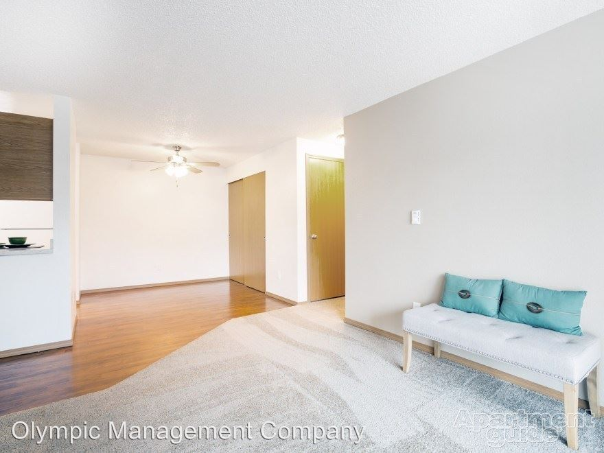 2 Bedrooms 1 Bathroom Apartment for rent at Benson Village 10820 Se 211th Place in Kent, WA