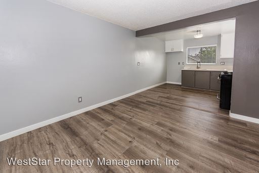 2 Bedrooms 1 Bathroom Apartment for rent at 10223 Crenshaw Blvd. in Inglewood, CA