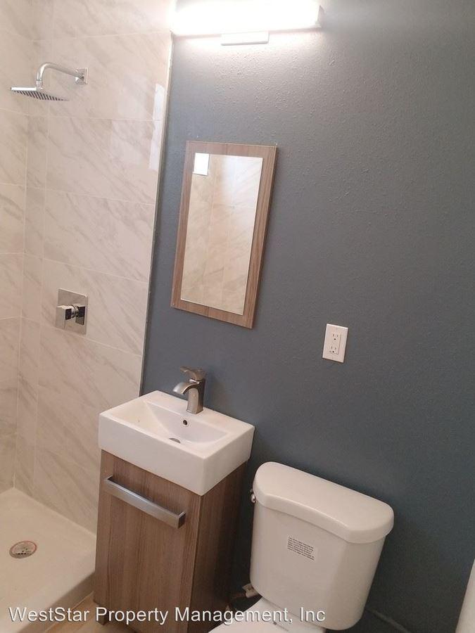 1 Bedroom 1 Bathroom Apartment for rent at 1972 Junipero Avenue in Signal Hill, CA
