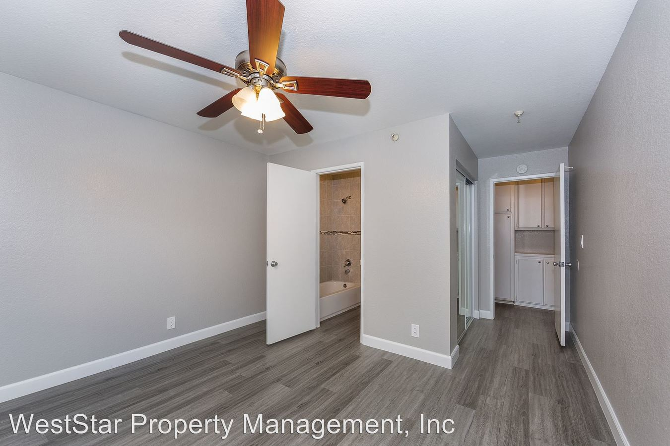 2 Bedrooms 2 Bathrooms Apartment for rent at 14428 Cerise Ave in Hawthorne, CA