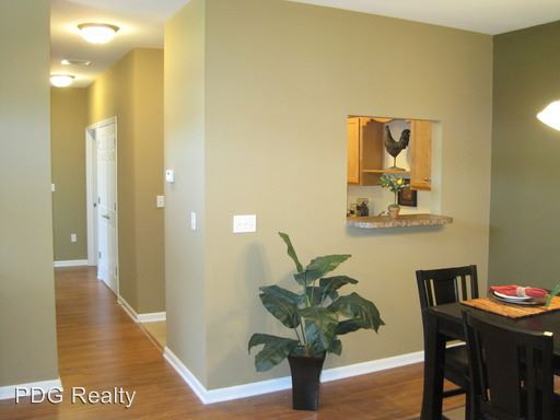 2 Bedrooms 2 Bathrooms Apartment for rent at 4500-4510 Westport Woods Lane in Louisville, KY