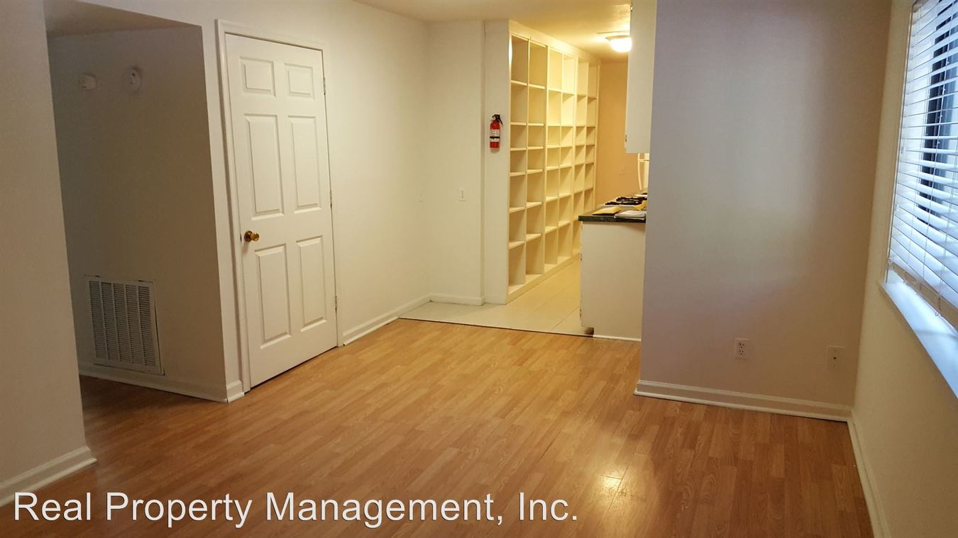 6 Bedrooms 4+ Bathrooms Apartment for rent at 1010 Wertland Street in Charlottesville, VA