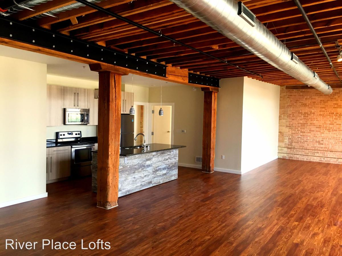 2 Bedrooms 2 Bathrooms Apartment for rent at 625 W Freshwater Way in Milwaukee, WI