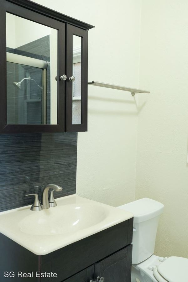 Studio 1 Bathroom Apartment for rent at 1951 Chestnut Street in Berkeley, CA