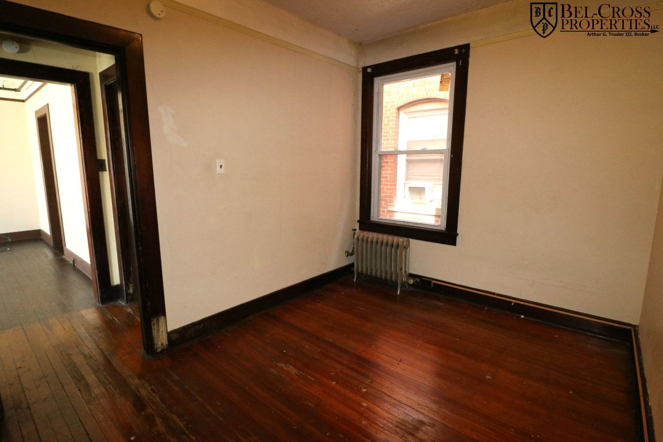 2 Bedrooms 1 Bathroom Apartment for rent at 311 Spruce, 241/243/245 Walnut in Morgantown, WV