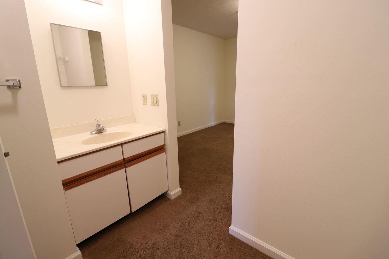 2 Bedrooms 1 Bathroom Apartment for rent at 1993 Water Street in Morgantown, WV
