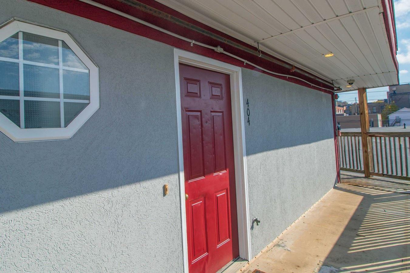 3 Bedrooms 1 Bathroom Apartment for rent at 1993 Water Street in Morgantown, WV