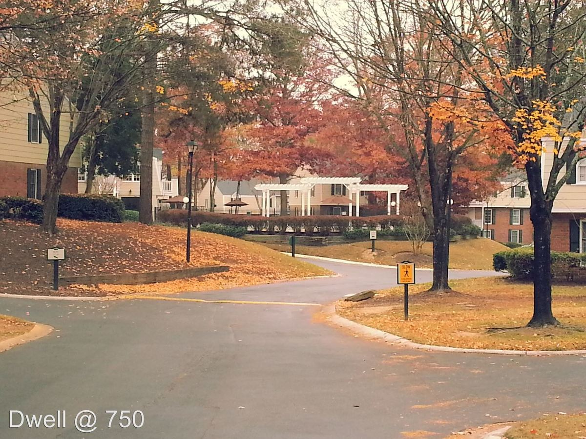 3 Bedrooms 2 Bathrooms Apartment for rent at 750 Franklin Rd Se in Marietta, GA