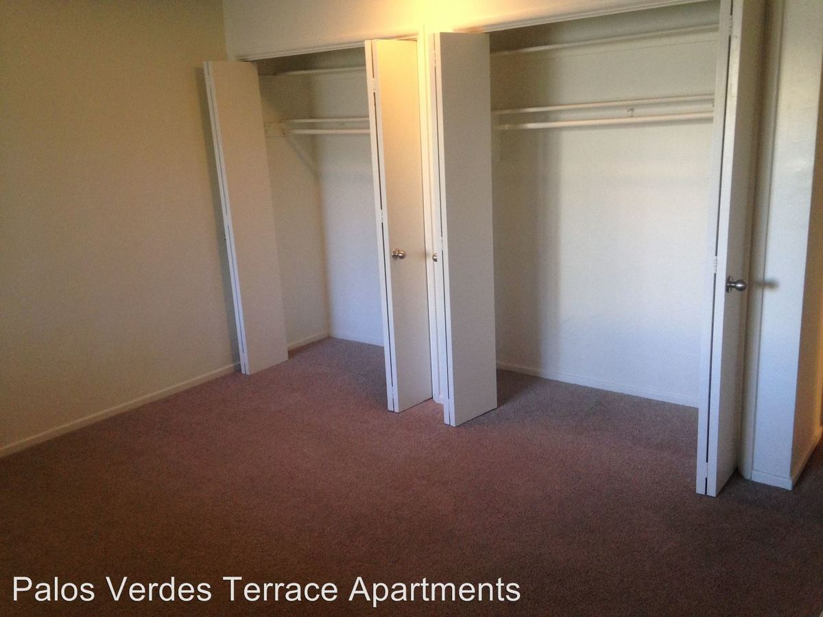 2 Bedrooms 1 Bathroom Apartment for rent at Palos Verdes Terrace 5762 Ravenspur Dr. in Rancho Palos Verdes, CA