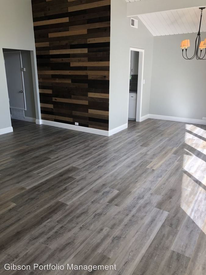 2 Bedrooms 2 Bathrooms Apartment for rent at 801 Middlefield Rd. in Palo Alto, CA