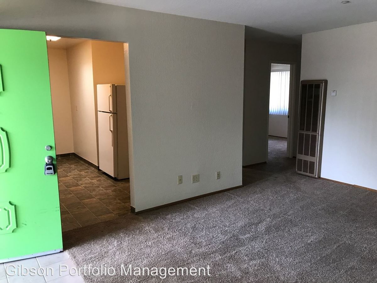 2 Bedrooms 1 Bathroom Apartment for rent at 2001-2005 Colony St. in Mountain View, CA