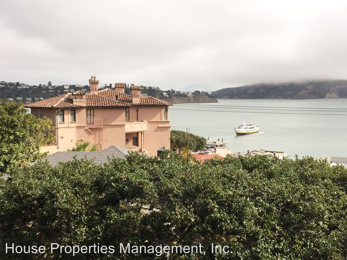 2 Bedrooms 1 Bathroom Apartment for rent at 77 Bulkley Avenue in Sausalito, CA