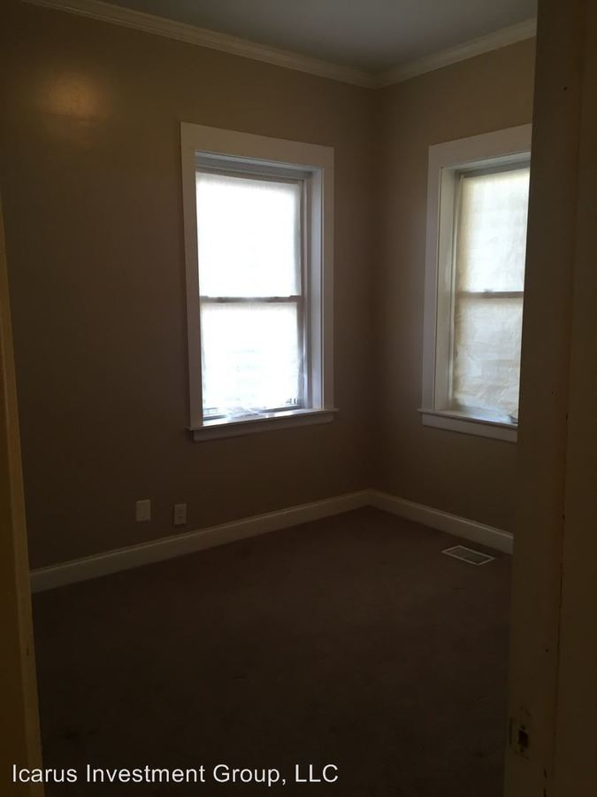 2 Bedrooms 2 Bathrooms Apartment for rent at 3839 - 3843 South Michigan Avenue in Chicago, IL