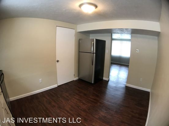 2 Bedrooms 1 Bathroom Apartment for rent at Mcconnell Road/ Stonecrest Lane in Cecil, PA