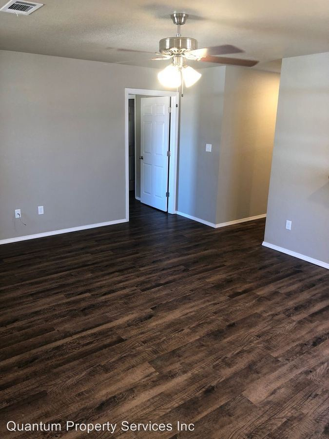 3 Bedrooms 2 Bathrooms Apartment for rent at 2310 S. L St in Fort Smith, AR