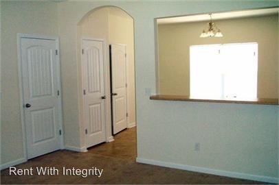 2 Bedrooms 2 Bathrooms Apartment for rent at Lake Avenue in Tallahassee, FL