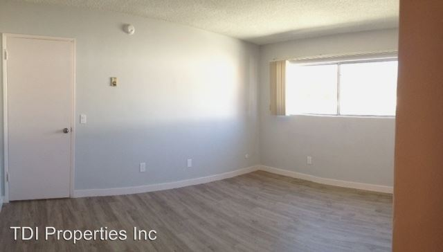 2 Bedrooms 2 Bathrooms Apartment for rent at 8011 W. Romaine Street in Los Angeles, CA