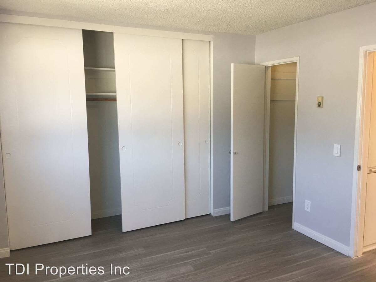 1 Bedroom 1 Bathroom Apartment for rent at 8011 W. Romaine Street in Los Angeles, CA