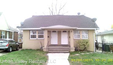 163 165 W. Goltz Ave.