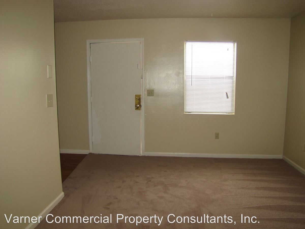 2 Bedrooms 1 Bathroom Apartment for rent at 7131 Stall Road in North Charleston, SC
