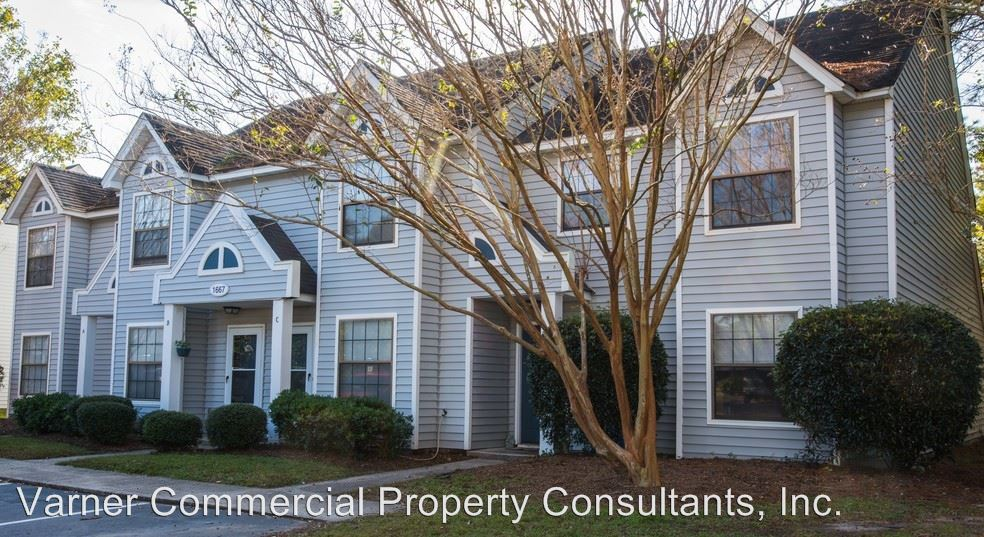 3 Bedrooms 1 Bathroom Apartment for rent at 1661-1687 Mulberry Street in Charleston, SC