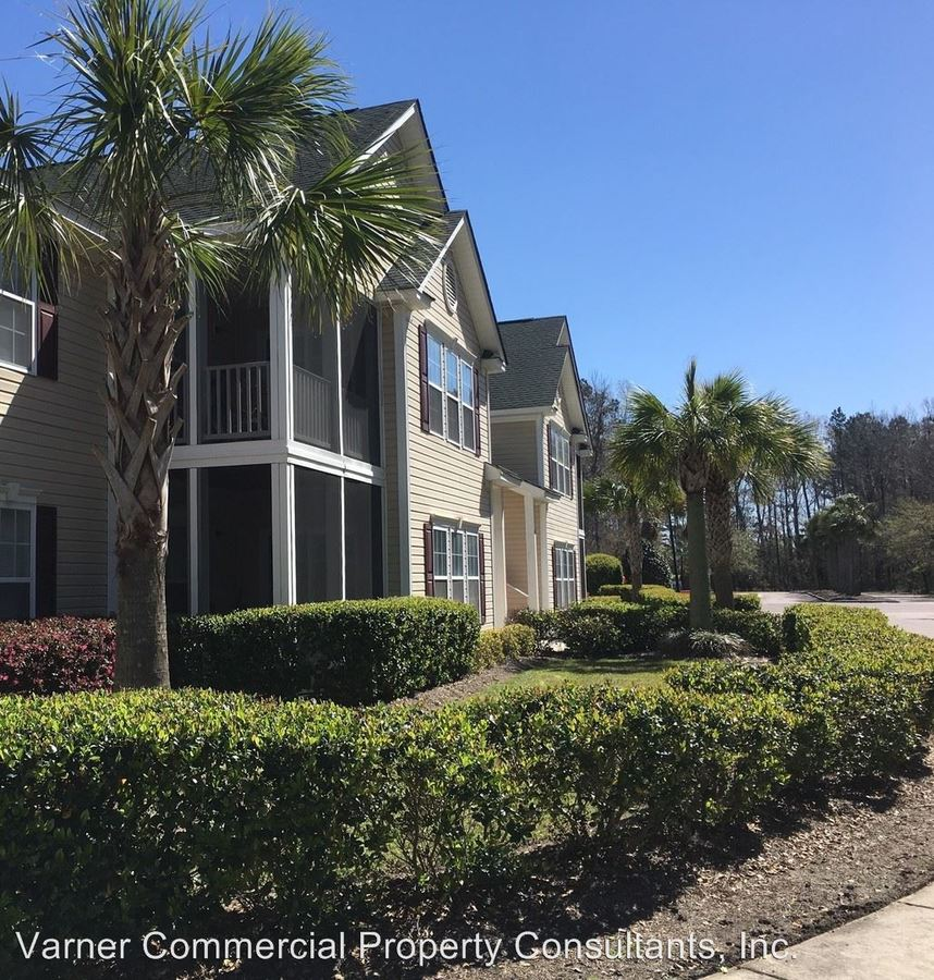 3 Bedrooms 2 Bathrooms Apartment for rent at 1801 Haddon Hall Drive in Charleston, SC