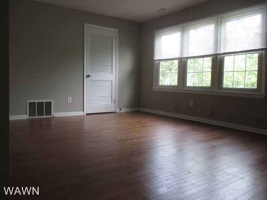 1 Bedroom 1 Bathroom Apartment for rent at W Adams Ave & Chestnut Ave in Magnolia, NJ