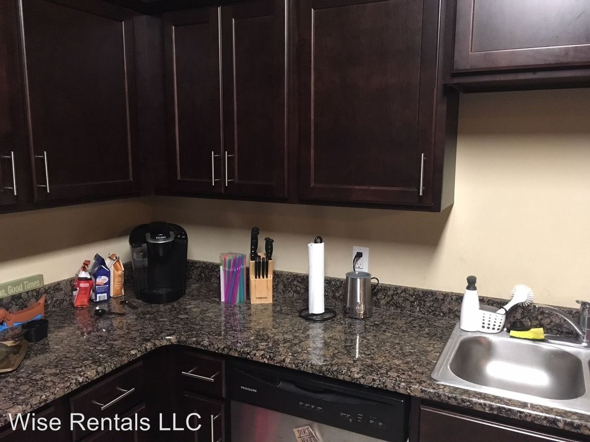 2 Bedrooms 2 Bathrooms Apartment for rent at 940 S National in Springfield, MO
