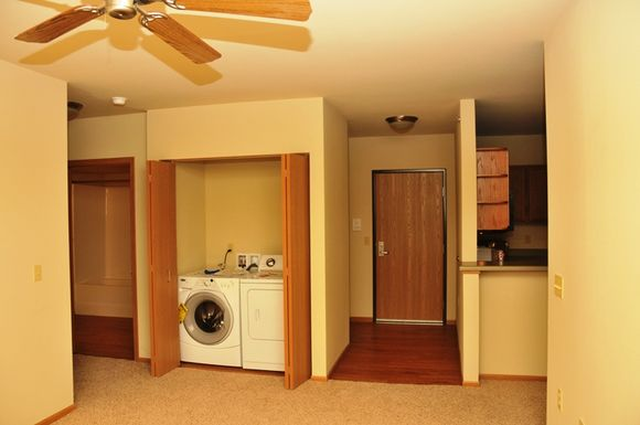 3 Bedrooms 1 Bathroom Apartment for rent at Washington Park Apartments in Milwaukee, WI
