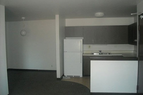 2 Bedrooms 1 Bathroom Apartment for rent at Silver Spring Square Apartments in Milwaukee, WI