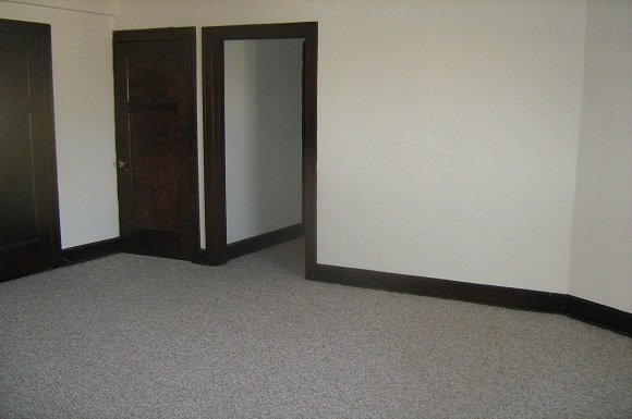 1 Bedroom 1 Bathroom Apartment for rent at Lisbon Adlon Apartments in Milwaukee, WI
