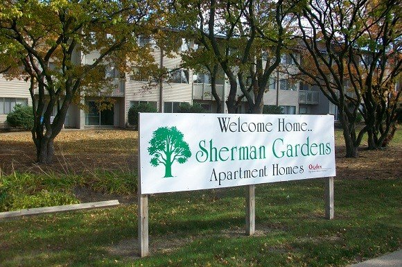 2 Bedrooms 1 Bathroom Apartment for rent at Sherman Gardens Apartments in Milwaukee, WI
