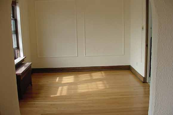 2 Bedrooms 1 Bathroom Apartment for rent at Humboldt Apartments in Milwaukee, WI