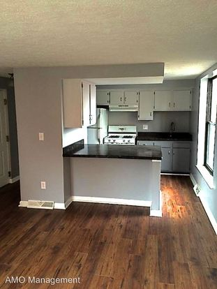 2 Bedrooms 1 Bathroom Apartment for rent at 205 South Millvale Ave in Pittsburgh, PA