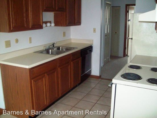 1 Bedroom 1 Bathroom Apartment for rent at 2811 Golfside Dr in Ypsilanti, MI