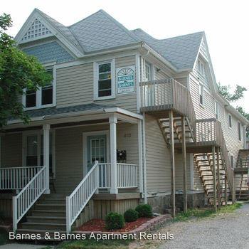 2 Bedrooms 1 Bathroom Apartment for rent at 413 Ballard St in Ypsilanti, MI