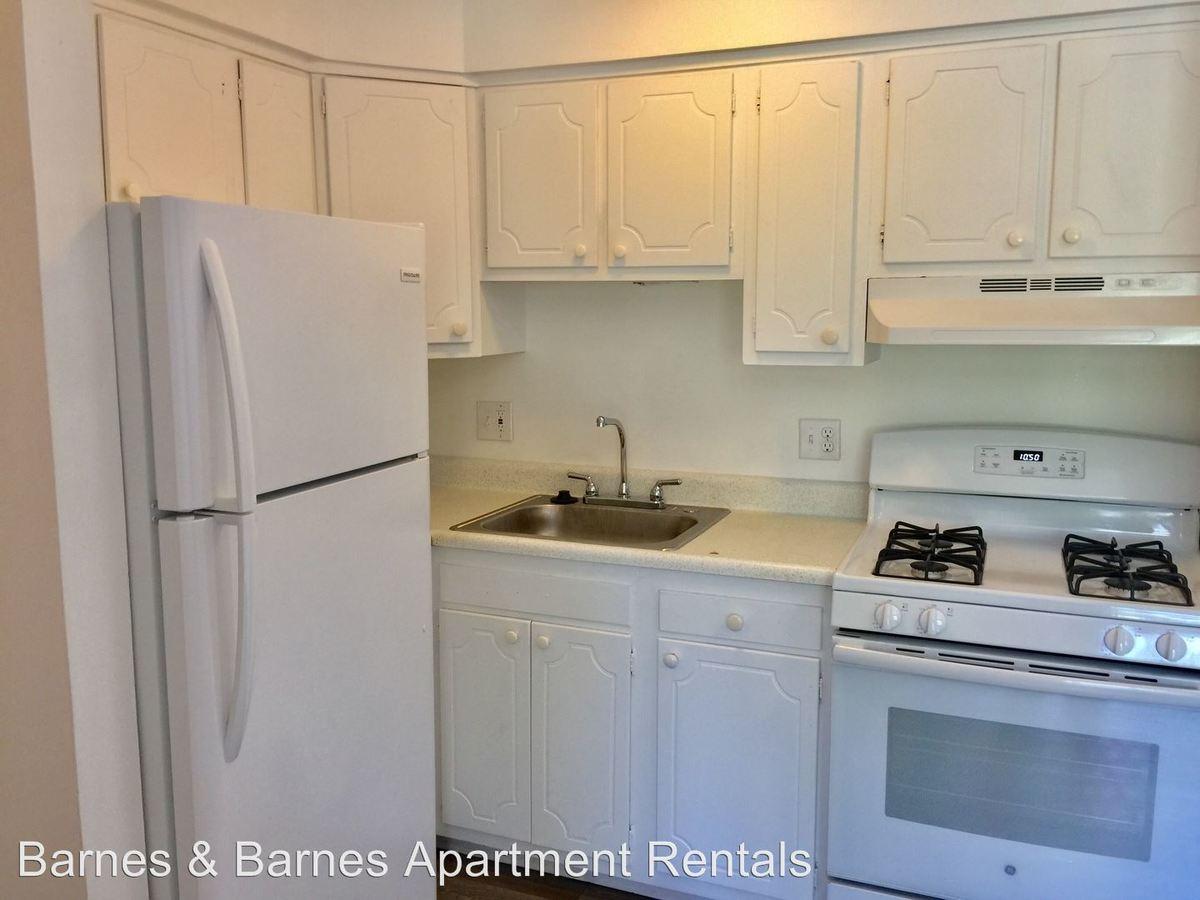 1 Bedroom 1 Bathroom Apartment for rent at 1573 S. Congress St in Ypsilanti, MI