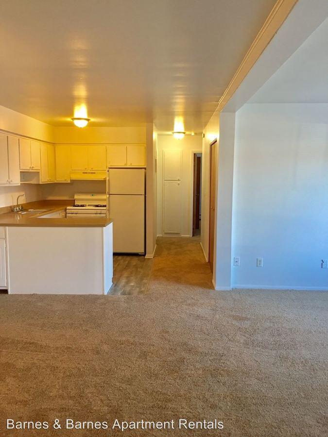2 Bedrooms 1 Bathroom Apartment for rent at 1573 S. Congress St in Ypsilanti, MI