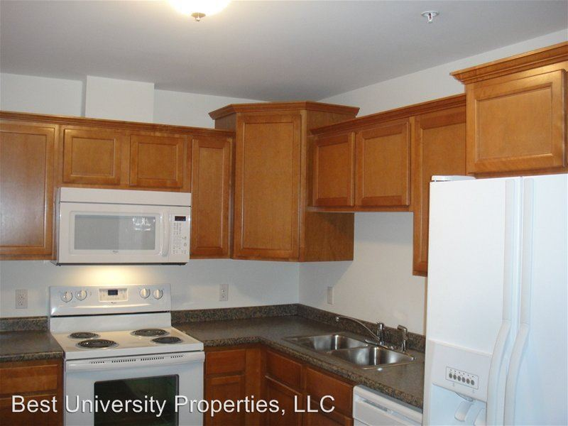 2 Bedrooms 1 Bathroom Apartment for rent at 406 Temperance Way in California, PA