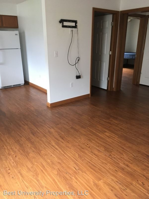 Studio 1 Bathroom House for rent at 79 Ash Street in California, PA