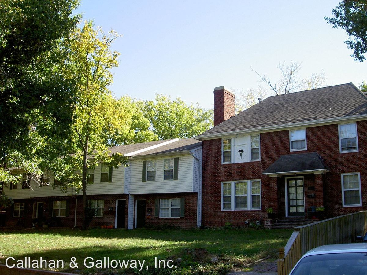 4 Bedrooms 2 Bathrooms Apartment for rent at 1410 University Ave. in Columbia, MO
